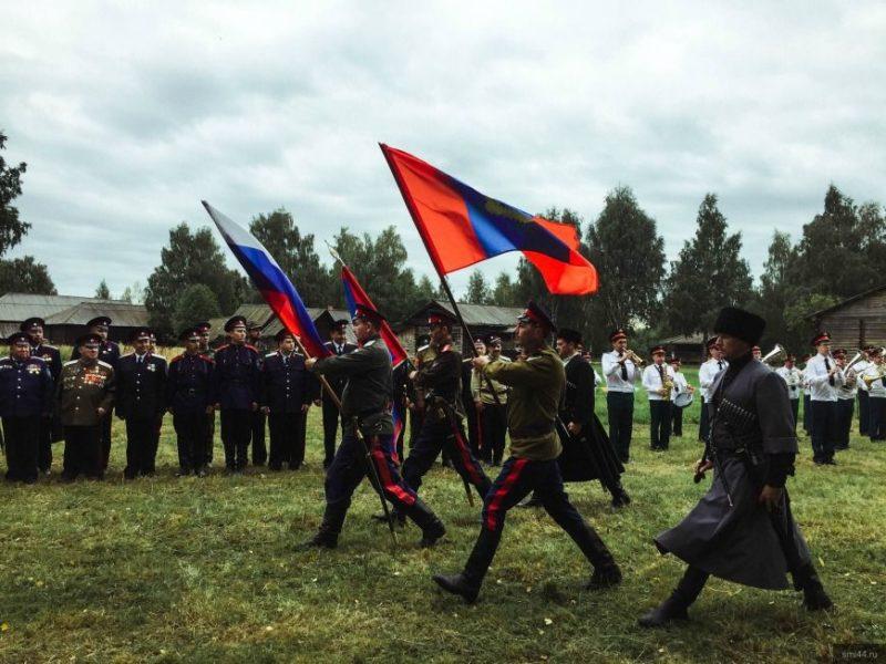 Внештатник сообщает:  День костромского казачества