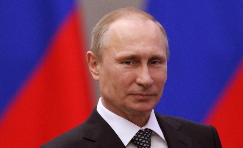 Президент Владимир Путин поздравляет жителей Костромской области с Днем Победы