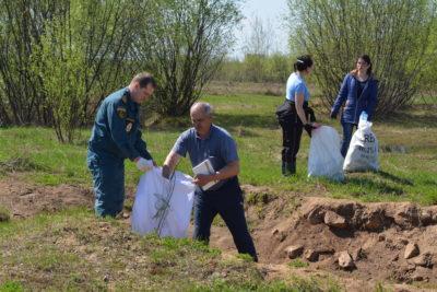 Экологический десант: «Чистый берег»