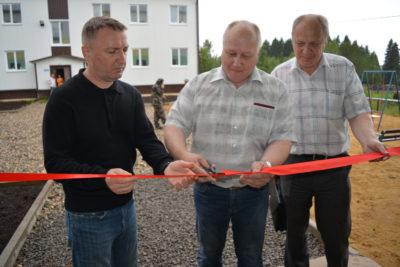 Новый дом в посёлке Октябрьском встречает новосёлов