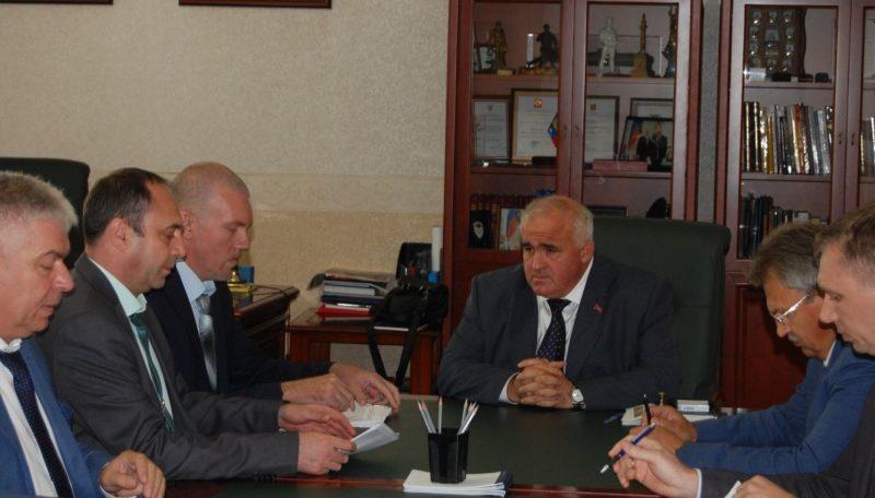 Губернатор Сергей Ситников провел рабочую встречу с исполняющим обязанности главы города Мантурово Алексеем Смирновым