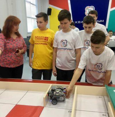 «Ростелеком» поддержал первую «Битву робототехников» в Костроме