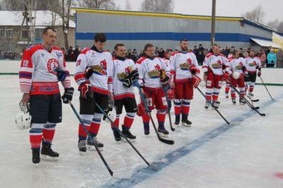 Ветераны «Локомотива» и «Свезы» сыграли товарищеский матч