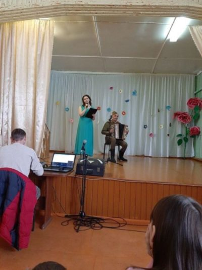 Память сильнее времени: Концерт для жителей Лесобазы