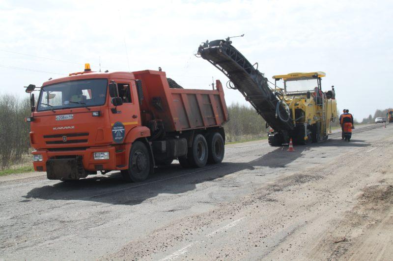 В трудовых коллективах:  Возобновлены работы на дороге «Кострома — Верхнеспасское»