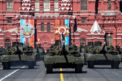 Долгожданный Парад Победы жители региона увидят завтра в 10:00 на канале «Россия»
