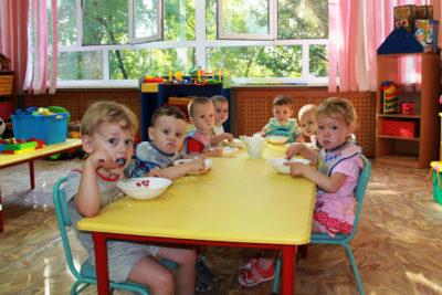 До 50% дошколят смогут посещать детские сады