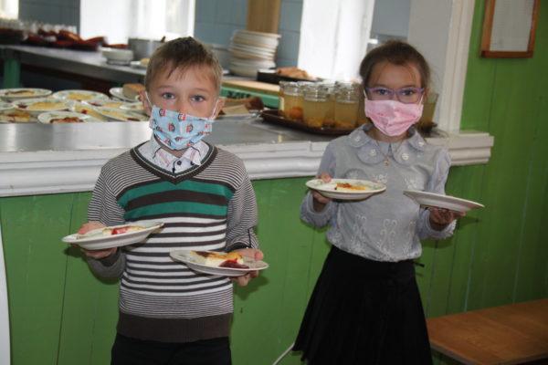 В Костромской области для учащихся младших классов организовано бесплатное горячее питание