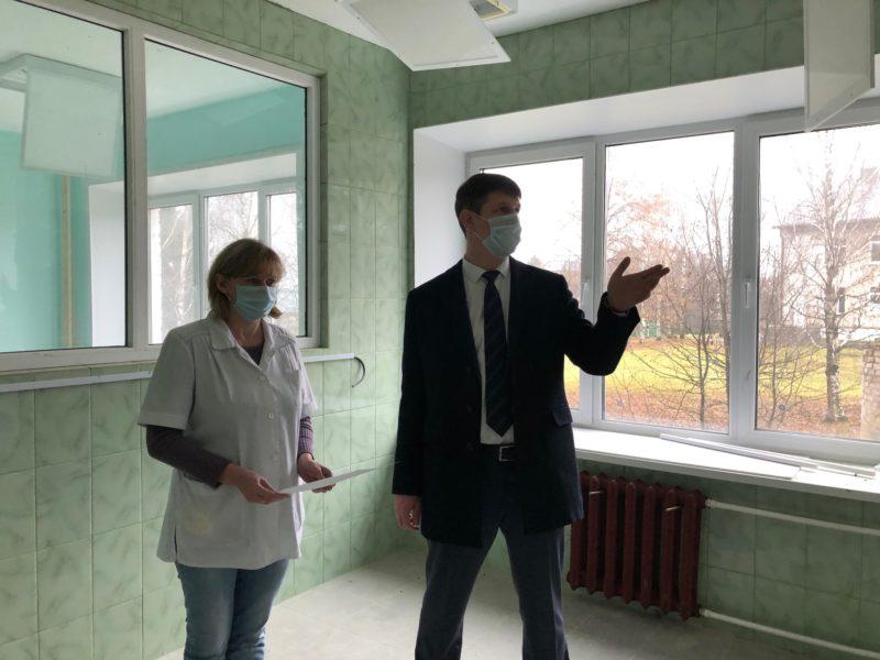 Рабочий визит: Участие Мантурова в программе общественных инициатив и насущные вопросы здравоохранения