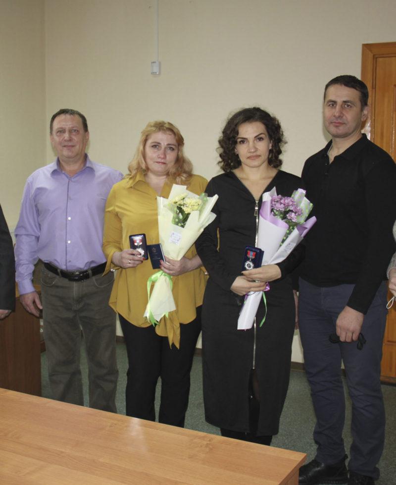 Событие:Медали «Материнская слава» III степени  вручили двум жительницам г. Мантурова Костромской области