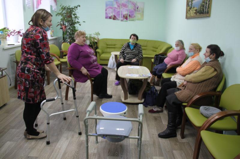 Новости КЦСОН:Пункт проката пополнился  новыми техническими средствами реабилитации