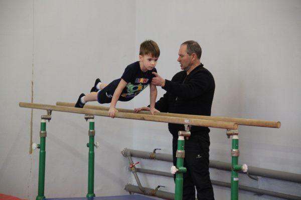 Олимпийский чемпион Дмитрий Билозерчев: «В Мантурове очень талантливые дети»