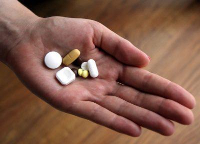 О правилах назначения, выписывания и получения обезболивающих препаратов