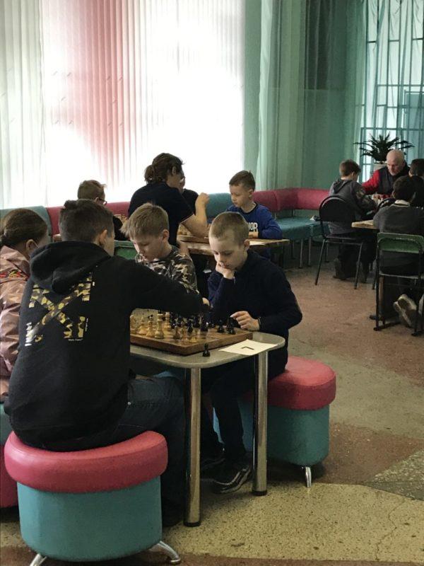 Эхо праздника: В память о боях  и сражениях —  шахматный турнир