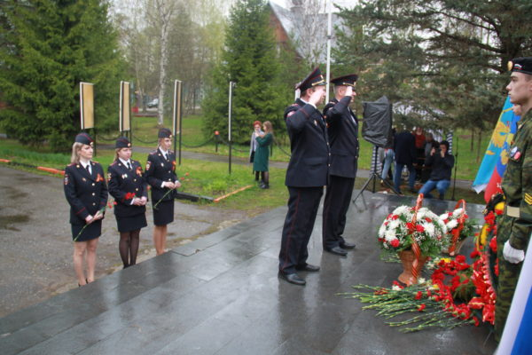Мантуровцы отметили 76-ю годовщину Победы