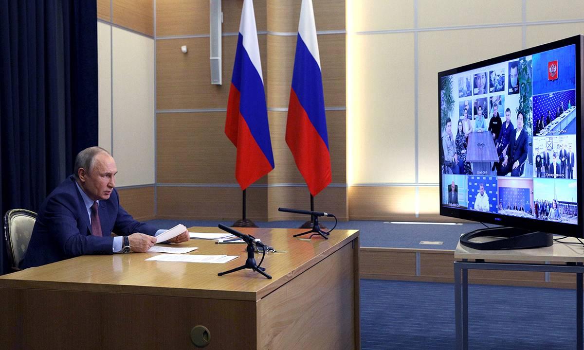 Многое сделано, ещё больше задач впереди: Владимир Путин оценил работу «Единой России»