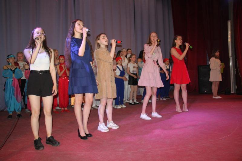 Выступления, концерты: Молодежный центр: с любовью  к воспитанникам и зрителям