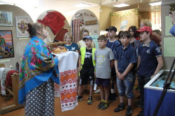 Музей для детей: По обычаю русскому, хлебосольному