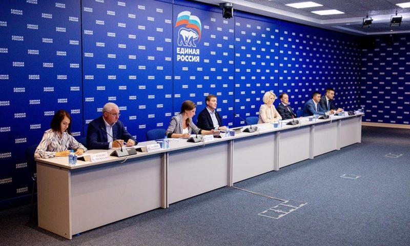 Главная цель — снижение цен на сезонные продукты: парламентарии «Единой России» представили конкретные решения по стабилизации стоимости «борщевого» набор