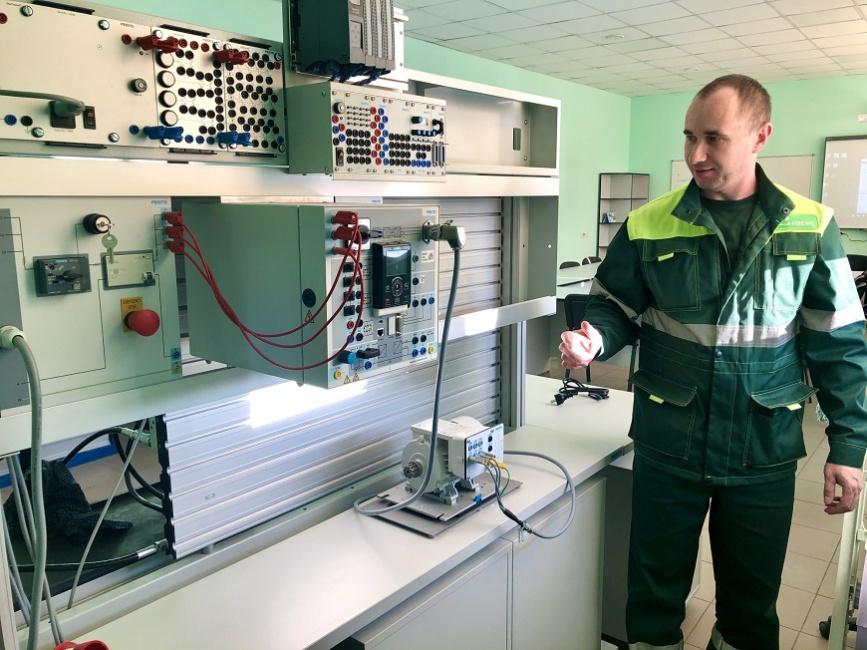 Наш курс —  на развитие: Новый класс  для будущих  слесарей-ремонтников